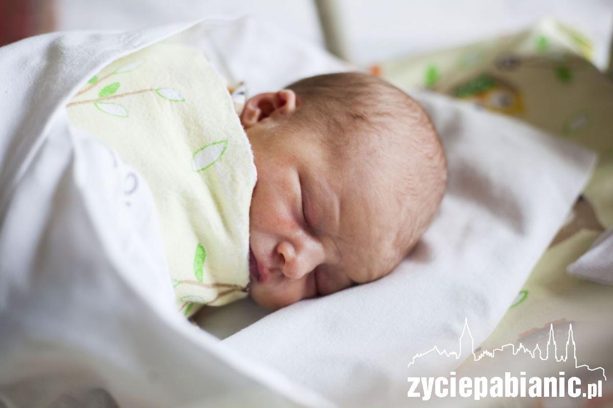 Lena jest pierwszym dzieckiem urodzonym w Pabianicach w tym roku