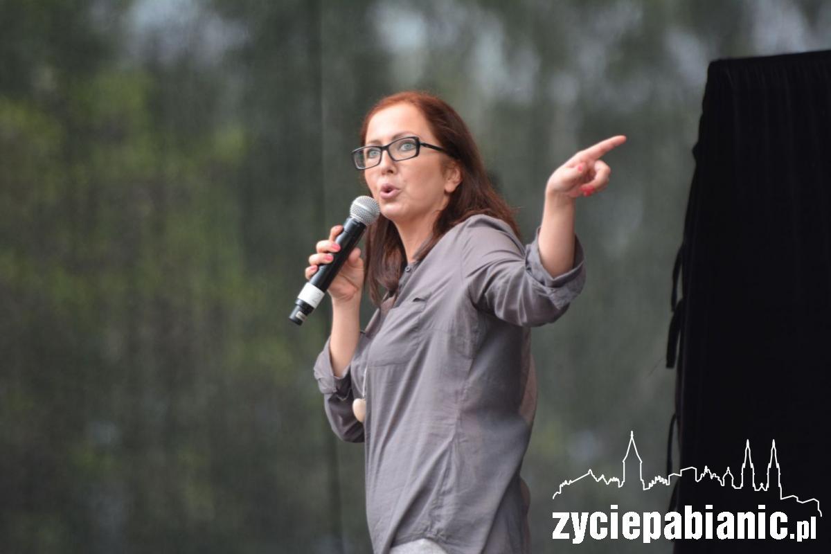Katarzyna Piasecka występowała na Dniach Pabianic w 2013 r.