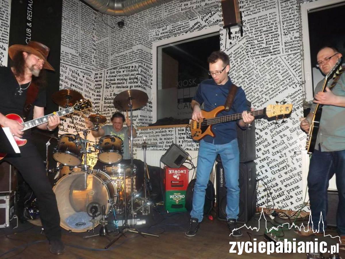 Blue Haze na koncercie w Jazz Bass Cafe