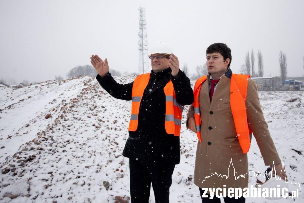 Inwestor prezentował dziś prezydentowi plac budowy nowego centrum Tkalnia
