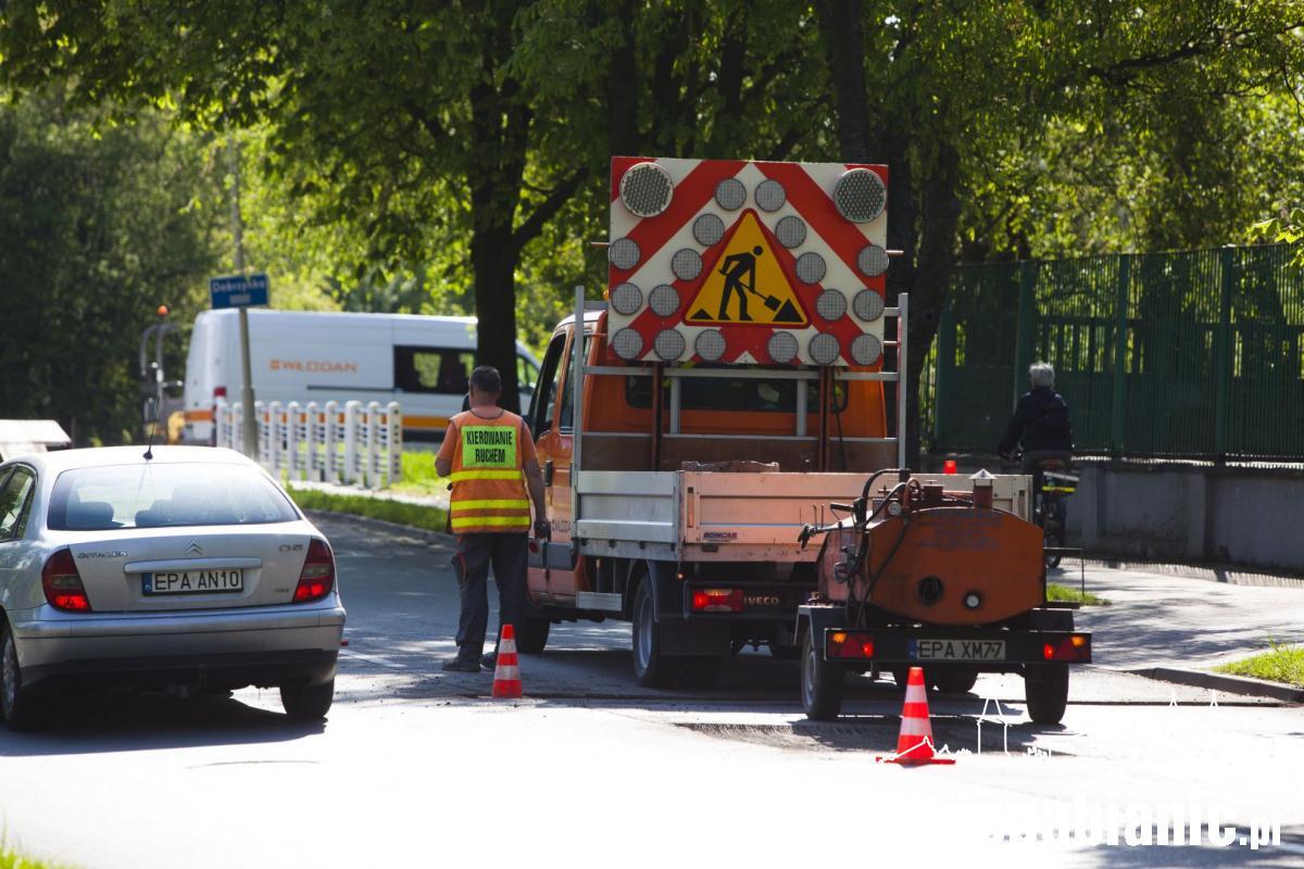 Powiat pabianicki rozpoczął łatanie dziur w ulicach życie pabianic